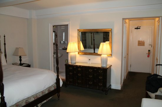 Roger Smith Hotel: suite on 12 th floor