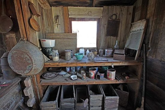 Castle Dome Mines Museum & Ghost Town: Inside Adams cabin, Castle ...