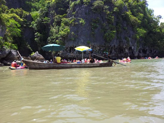 Thalang, Thailand: floating market