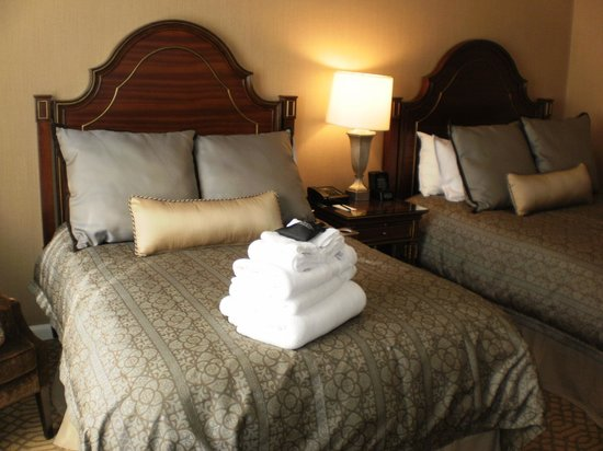 Omni Royal Orleans: Double Bed Room