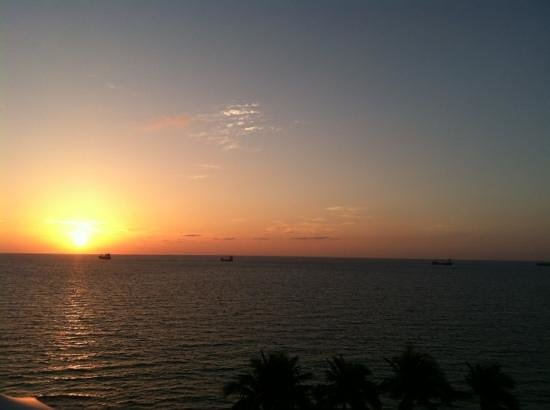 The Ritz Carlton Fort Lauderdale: I can wake up to this every morning!
