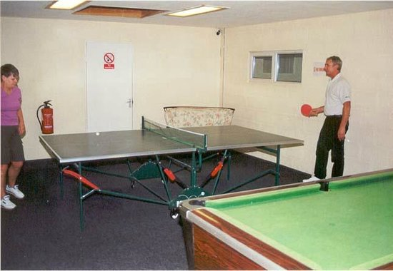 Bude, UK: The Games room with table tennis and pool tables