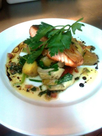 Ivybridge, UK: roast salmon fillet artichoke sunblushed tomato and baby spinach and cornish new