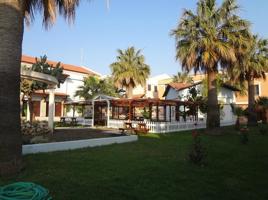 Majesty Club Tarhan Beach Hotel: Landscape of the complex