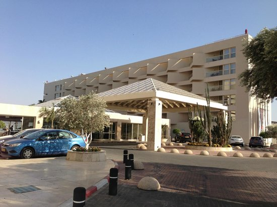 Le Meridien Eilat: Front of the hotel