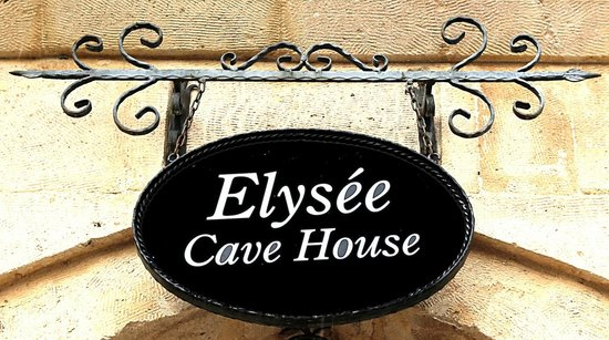 Elysee Cave House: Welcome