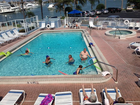 Sea Captain Resort on the Bay: Pool