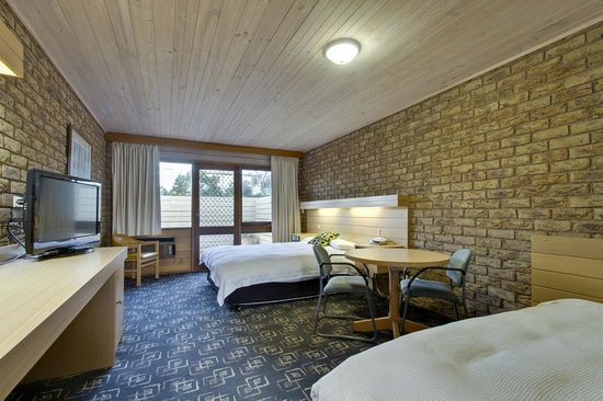Flinders, Australia: queen room