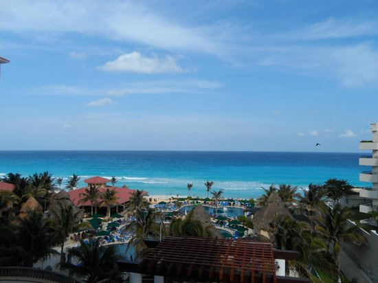GR Solaris Cancun: View From Second Floor