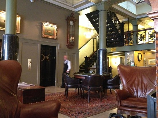 ‪‪The Oxford Hotel‬: Lobby‬