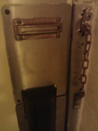 LaPlaya Resort: Door lock
