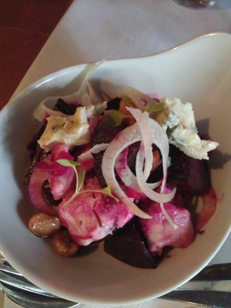 North Tamborine, Australia: Roasted beetroot with walnuts, shaved fennel and blue cheese. *mouth drools