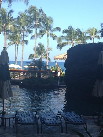 Marriott's Ko Olina Beach Club: swimming pool, view from our hotel room