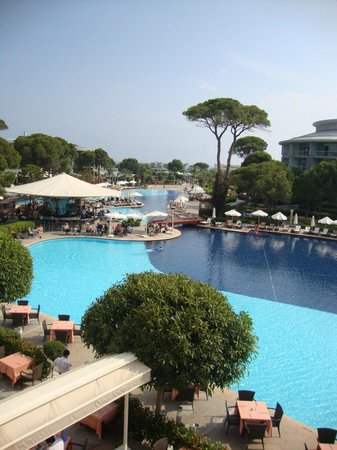 Calista Luxury Resort: La piscine