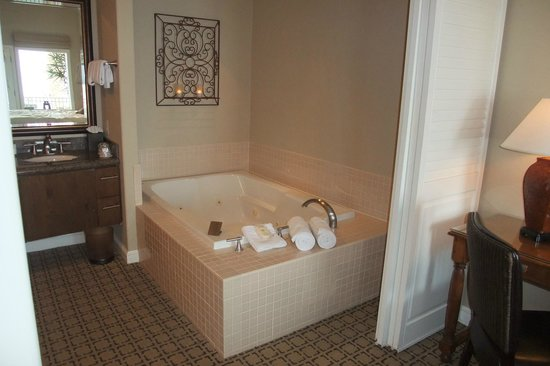 Hotel Vista Del Mar: Ocean View Suite - Jacuzzi (Jetted Spa Tub)