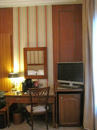 Hotel Franklin D. Roosevelt: Desk