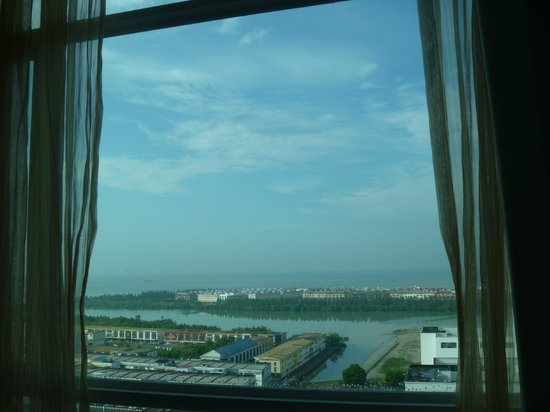 Hatten Hotel Melaka: The view from our room. Opt for an ocean facing room