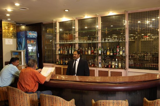 The Janpath Hotel: The Bar