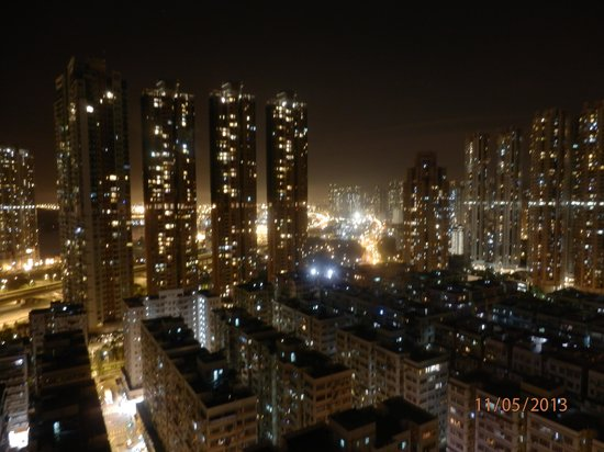 Cosmo Hotel Mongkok: 'Room with a view'