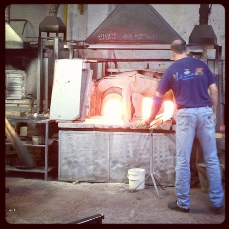 BEST WESTERN Montecarlo: Murano making