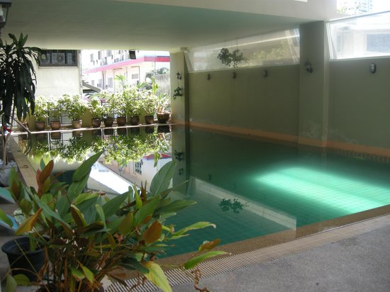 Boss Suites: Hotel Pool