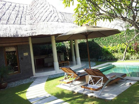 Mutiara Bali Boutique Resort &amp; Villas: Outer area of 1 bedroom villa