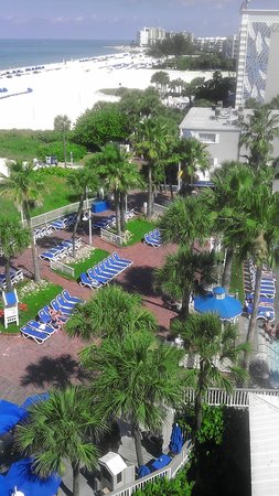 ‪‪TradeWinds Island Grand Beach Resort‬: my tradewinds room view!‬