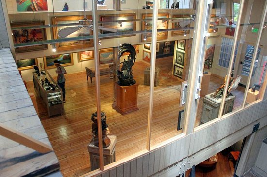 The INN at St.George: One of many art galleries next door at Ancestor Square