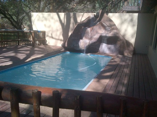 Limpopo Province, Afrika Selatan: Relax by the pool