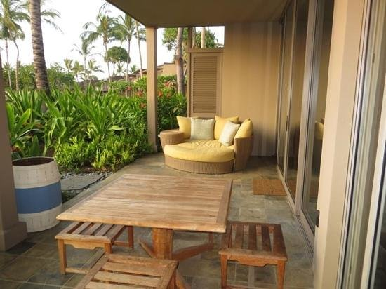 Four Seasons Resort Hualalai at Historic Ka'upulehu: fabulous lanai on our suite