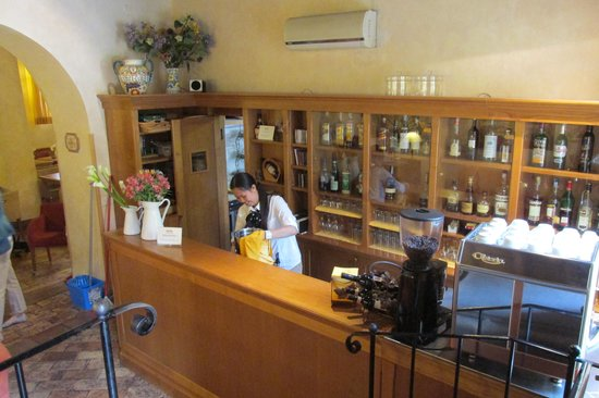 Hotel Santa Maria: coffee bar/evening bar