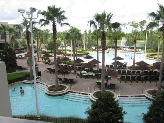 Hilton Orlando Bonnet Creek: The Pool/Lazy River