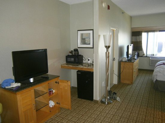 DoubleTree by Hilton Hotel & Suites Jersey City: Room 1209