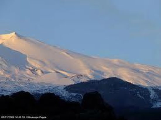 Nicolosi, Italien: Etna innevata