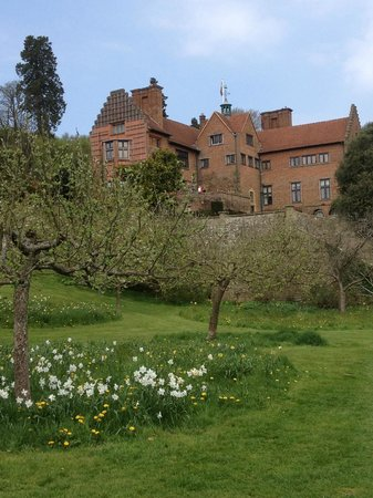Westerham, UK: View of Chartwell House from the gardens