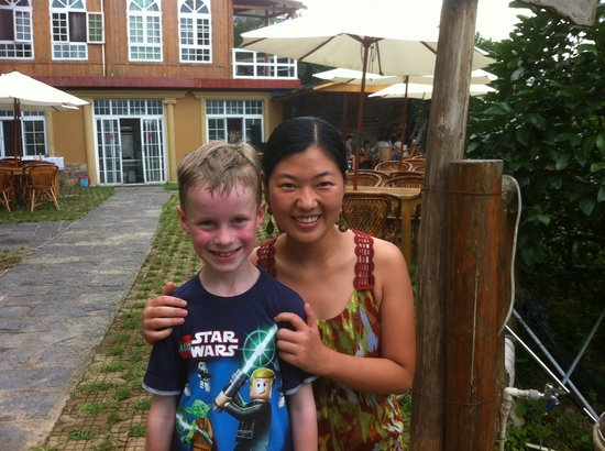 Yangshuo Village Retreat: Saying goodbye (red face due to heat, not sunburn!)
