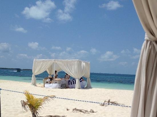 Privilege Aluxes: cheap but amazing massages on the beach