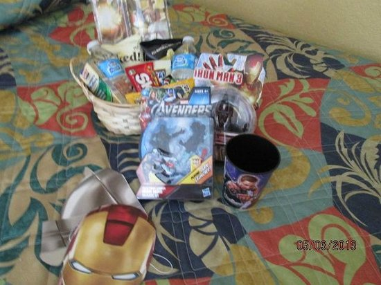 Lake Buena Vista Resort Village & Spa: Welcome baskets from Trish!