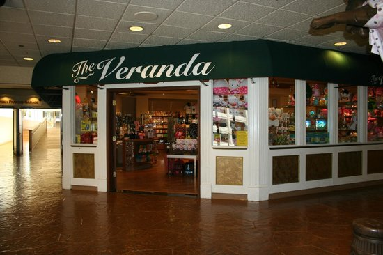 Circus Circus Hotel and Casino-Reno: The Veranda Store