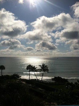 Embassy Suites Deerfield Beach Resort: another beautiful morning view from the balcony.