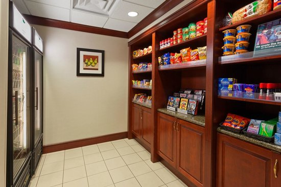 Homewood Suites Gainesville: Suite Shop