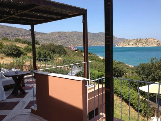 Domes of Elounda Boutique Beach Resort: La terrasse de la suite