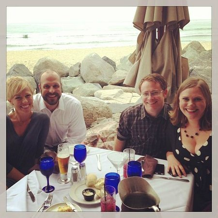 Cardiff by the Sea, CA: Amazing table at Beach House - as you can see - RIGHT on the beach!