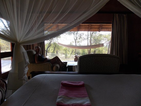Garonga Safari Camp: Buckingham suite