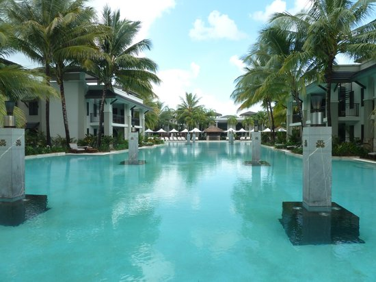 Pullman Port Douglas Sea Temple Resort & Spa: Pool
