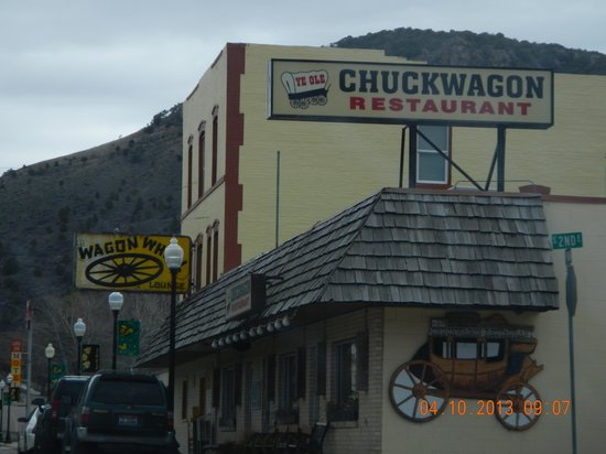 Lava Hot Springs, ID : building sign 