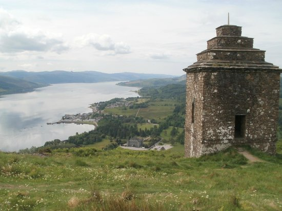 Easy walk from Inveraray - for this view !!