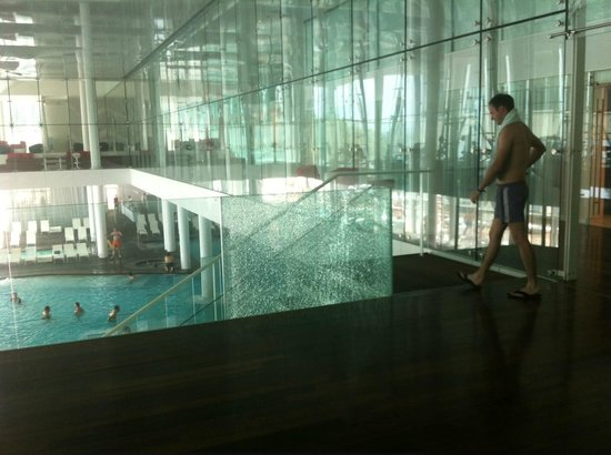 Novi Spa Hotel &amp; Resort: broken glass by the pool