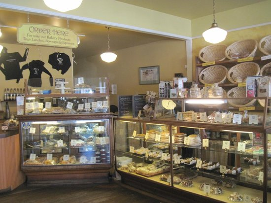 La Conner, WA: Delicious baked goods; also serving meals.