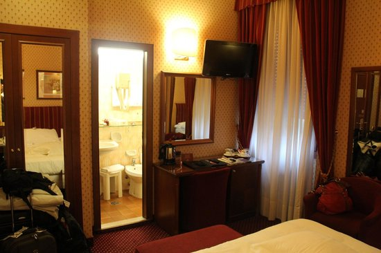 Hotel Berna : Quarto 